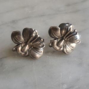 Vintage Flower Sterling Screwback Earring